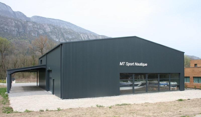 Bâtiment artisanal bardage anthracite
