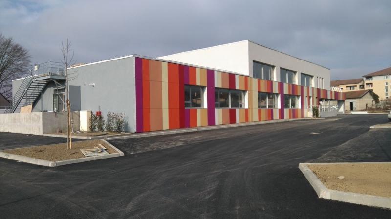 École St Exupéry façade trespa
