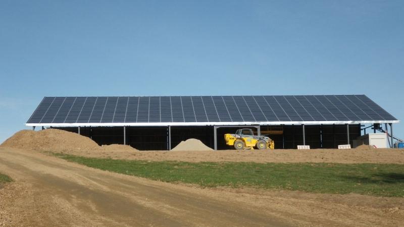 Couverture agricole photovoltaïque